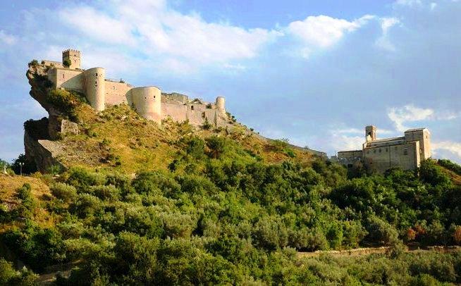 Gessopalena, la Matera d'Abruzzo e Roccascalegna la fortezza longobarda